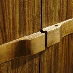 千匠一品 新中式胡桃木板木结合家具四门大衣柜YG9600-C
